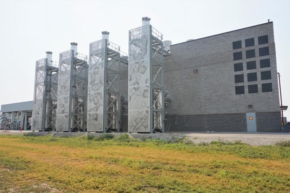 The cogeneration facility at the San José-Santa Clara Regional Wastewater Facility features artwork by Buster Simpson.